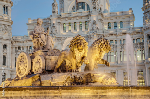 Fotobehang Fontaine Cibeles Fountain at Madrid, Spain