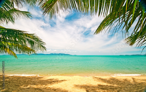 Tropical beach: Chaweng Beach on Koh Samui