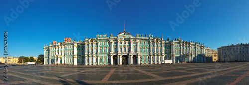 Leinwanddruck Bild Winter Palace in Saint Petersburg