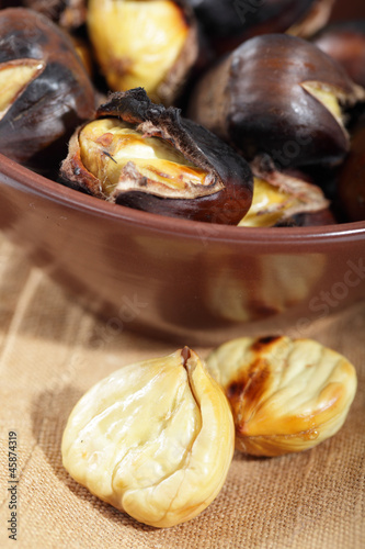 Roasted weet chestnuts and wine