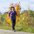 Power-Walking im Herbst