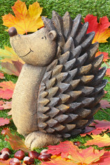 Igel und Laub - Hedgehog and Leaves