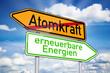 Wegweiser mit Atomkraft und erneuerbare Energien