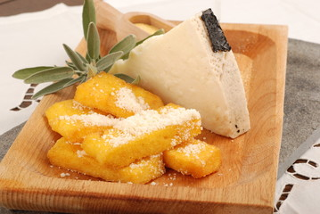 POLENTA FRIED AND CHEESE