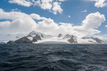 Antarctic mountains, view from the ocean
