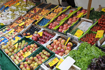 Obst Äpfel auf einen Wochenmarkt