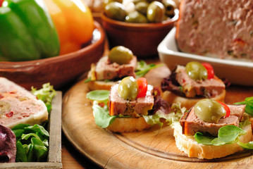 Paté and olive appetizers