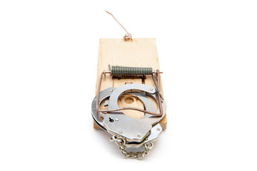 Handcuffs at a mousetrap