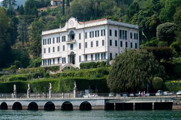 Villa Carlotta vista dal lago di Como