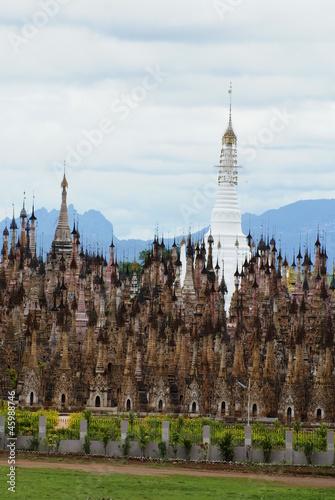 ミャンマーカックー遺跡