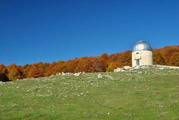 Osservatorio astronomico in montagna
