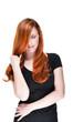 Sensible Frau mit roten Haaren