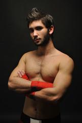 Alejandro con posición seria boxeo