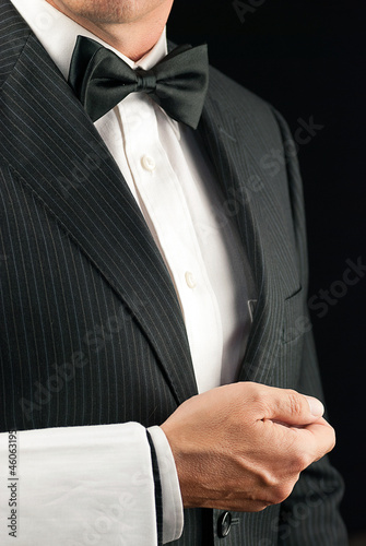 Fine Dining Waiter, Side View