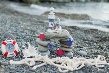 Морской маяк-сувенир.