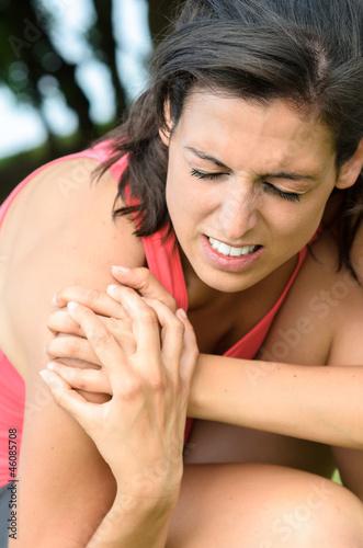 Shoulder lesion pain
