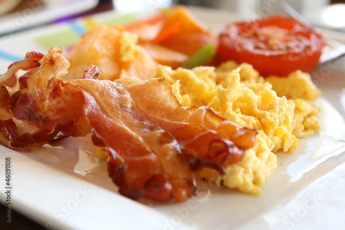 Keuken foto achterwand Egg Scrambled Eggs and Bacon
