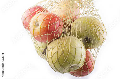 apples in net