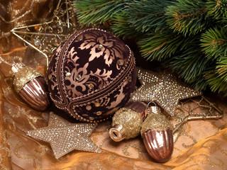 Weihnachtsdeko mit Tannenzweig