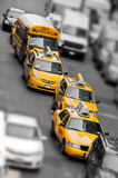 Fototapety Taxis et school bus à Manhattan - New York USA