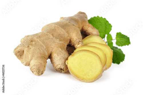 ginger with leaves