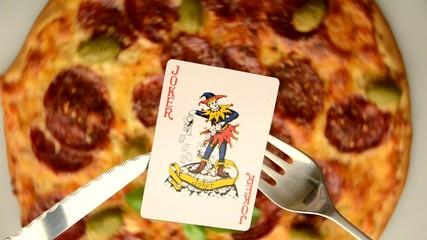 比萨 պիցցա পিজা  піца 피자  pitza פיצה