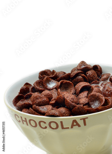 Chocolate cornflakes, cereals and milk