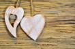 Herzen altes Holz Hintergrund braun