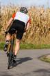 Rennradfahrer im Anstieg