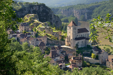 Saint-cirq-Lapopie, un des Plus Beaux Villages de France