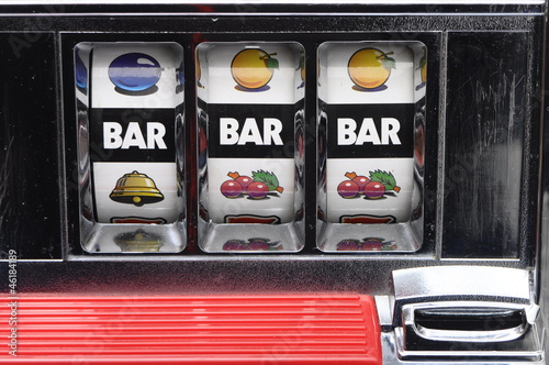 Slot machine and jackpot three bars