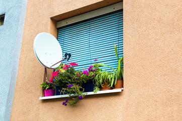 Satellitenanlage bei Wohnung