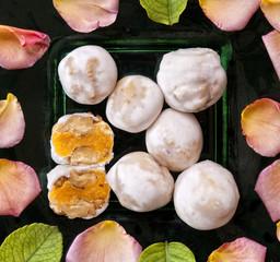 Bolitas de nueces de yema