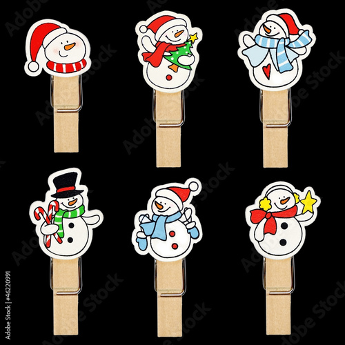 Snow man badge on wooden clothespin
