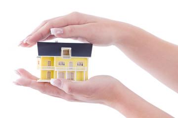 Schützende Hände - Der Traum vom Haus