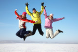 Fototapety Friends on winter resort