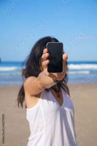 woman with blank screen mobile