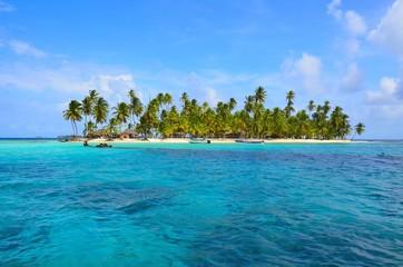 Paradies - Strand auf kleiner Insel
