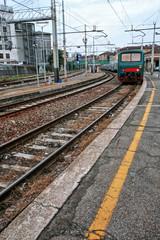 Treno alla stazione di Porta Genova