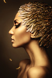 Fototapety beautiful woman with gold feather hat