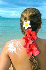 Bräunen am Strand: Sonnenschutz, Frau, Sonne, Meer