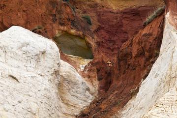 Cave di Rustrel