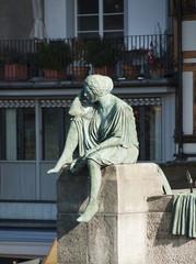 Frauenfigur, Helvetia, Mittlere Rheinbrücke in Basel, Schweiz