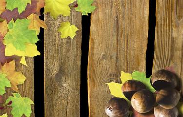 Holztafel mit Maroni