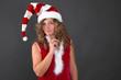 Nachdenkliche Weihnachtsfrau