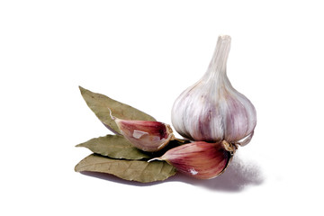 Garlic with bay leaves