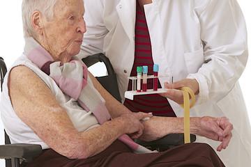 Prélèvement sanguin - Personne âgée