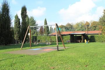 Parco giochi in autunno