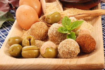 OLIVE ASCOLANE INGREDIENTI