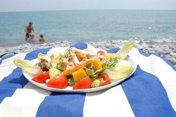 salade à la plage